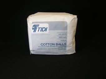 BALL COTTON MEDIUM NONSTERILE WHITE